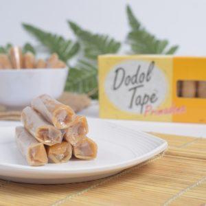 Dodol tape khas jember